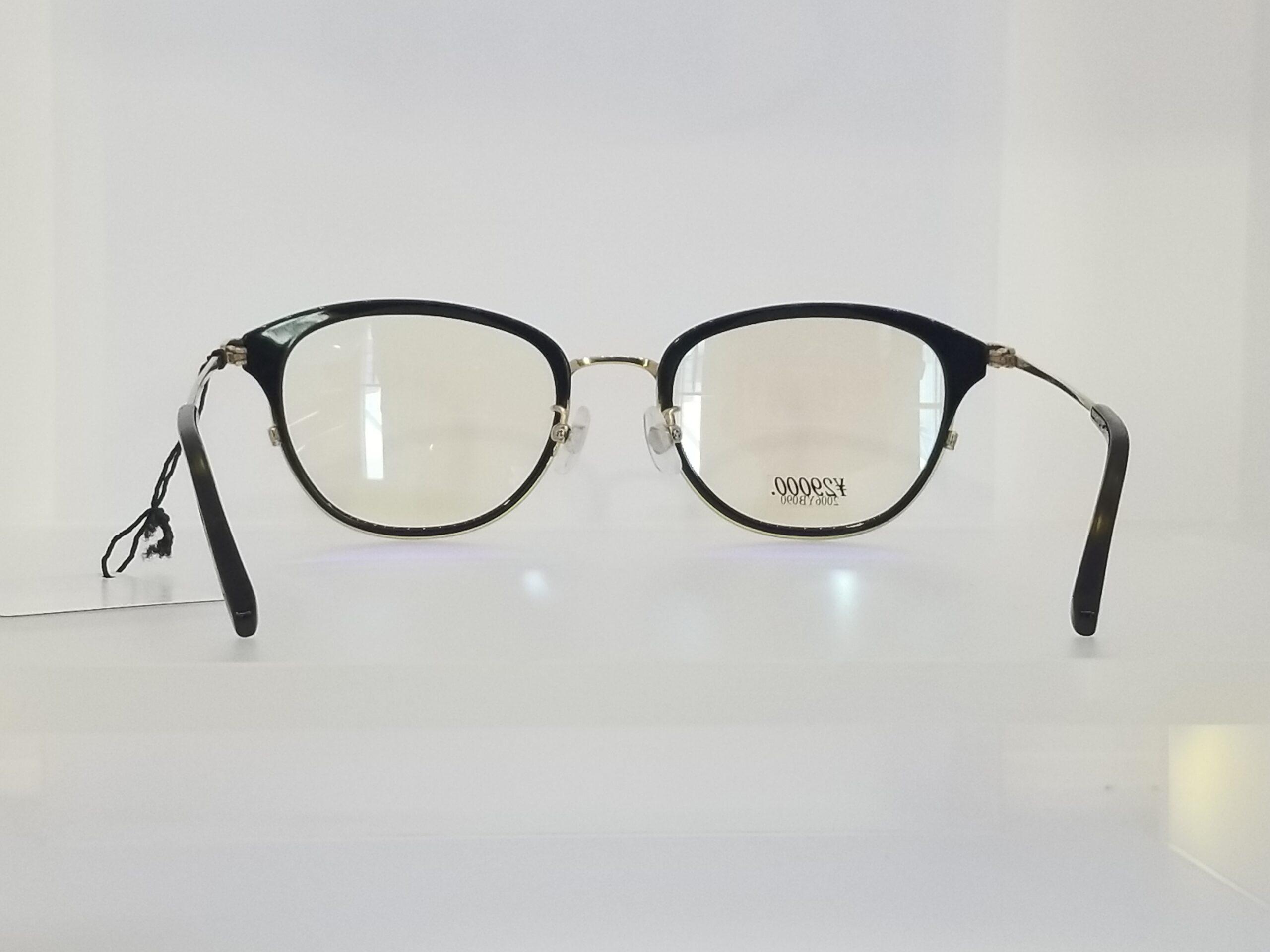 VIKTOR&ROLF VISION 70-0202-2スライド04