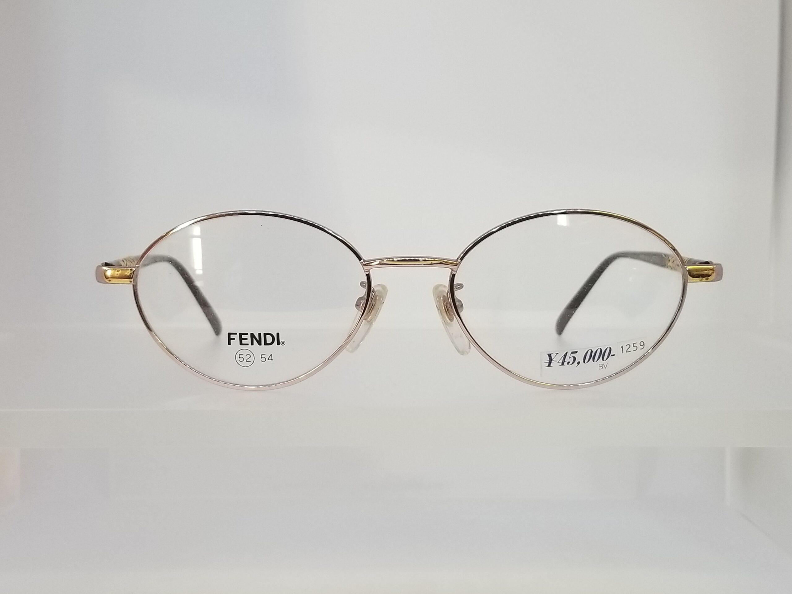 FENDI FE-8016スライド02